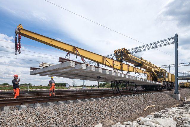Trakcja PRKiI buduje polską kolej