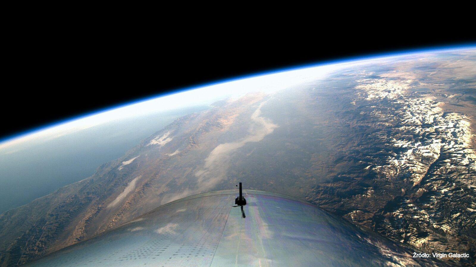 Kosmos dla turystów coraz bliżej. Dzięki umowie NASA z Virgin Galactic już wkrótce mogą wystartować loty komercyjne