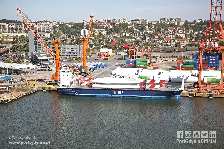 Port Gdynia portem instalacyjnym polskich farm wiatrowych na Bałtyku
