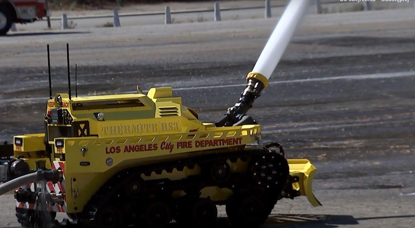 Zdalnie sterowane roboty będą gasić pożary. W najtrudniejszych sytuacjach znacznie zwiększą bezpieczeństwo strażaków