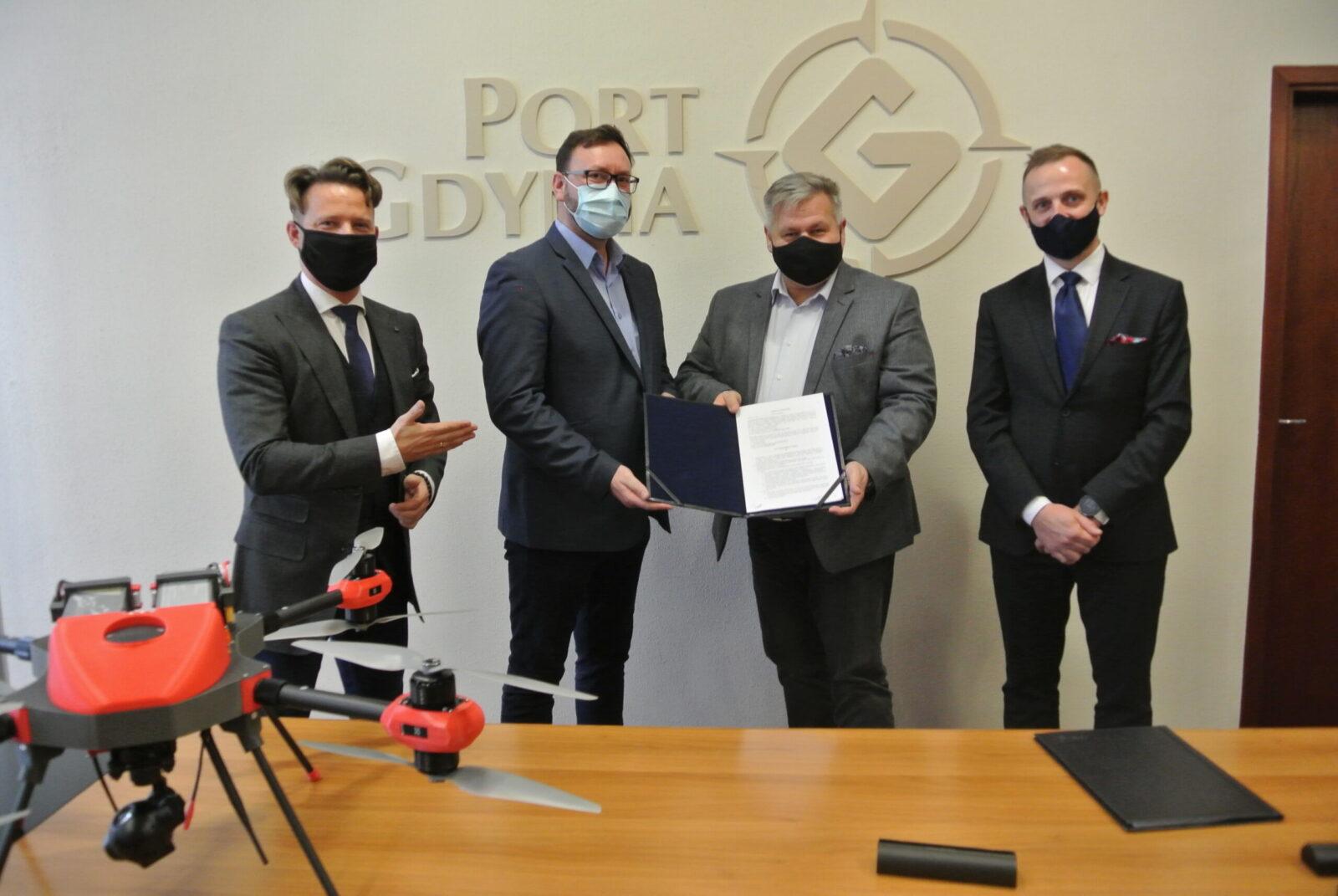 Standard Bezpieczeństwa Dronowego w Porcie Gdynia