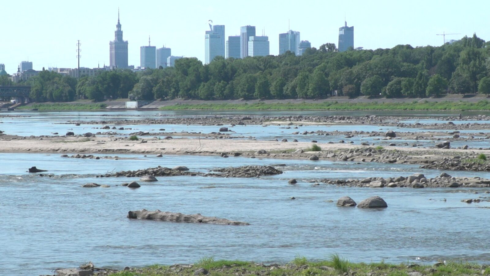 Problem niedoboru wody pitnej może się pojawić w Polsce w ciągu kilkunastu lat. Rusza właśnie największa ogólnopolska akcja sprzątania rzek