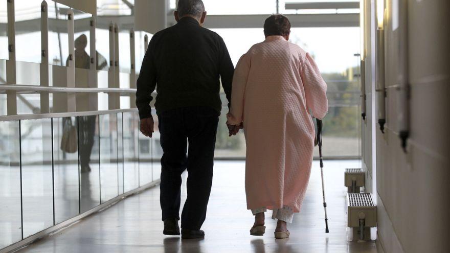Raport PE: więcej ludzi w UE umiera, zwłaszcza na konkretnych obszarach