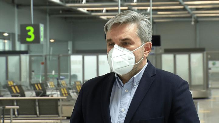 UE nie radzi sobie z przywracaniem ruchu lotniczego. Paszport szczepionkowy może się okazać ratunkiem dla europejskich przewoźników