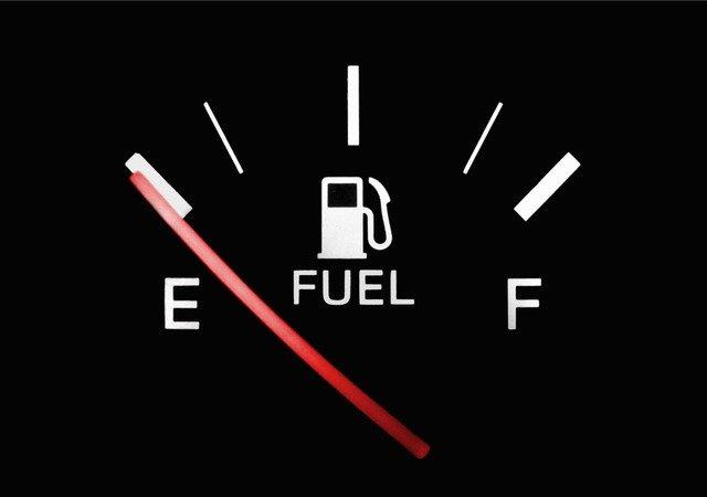 Kiedy zapłacić VAT od wewnątrzwspólnotowego nabycia paliw – wyrok TSUE