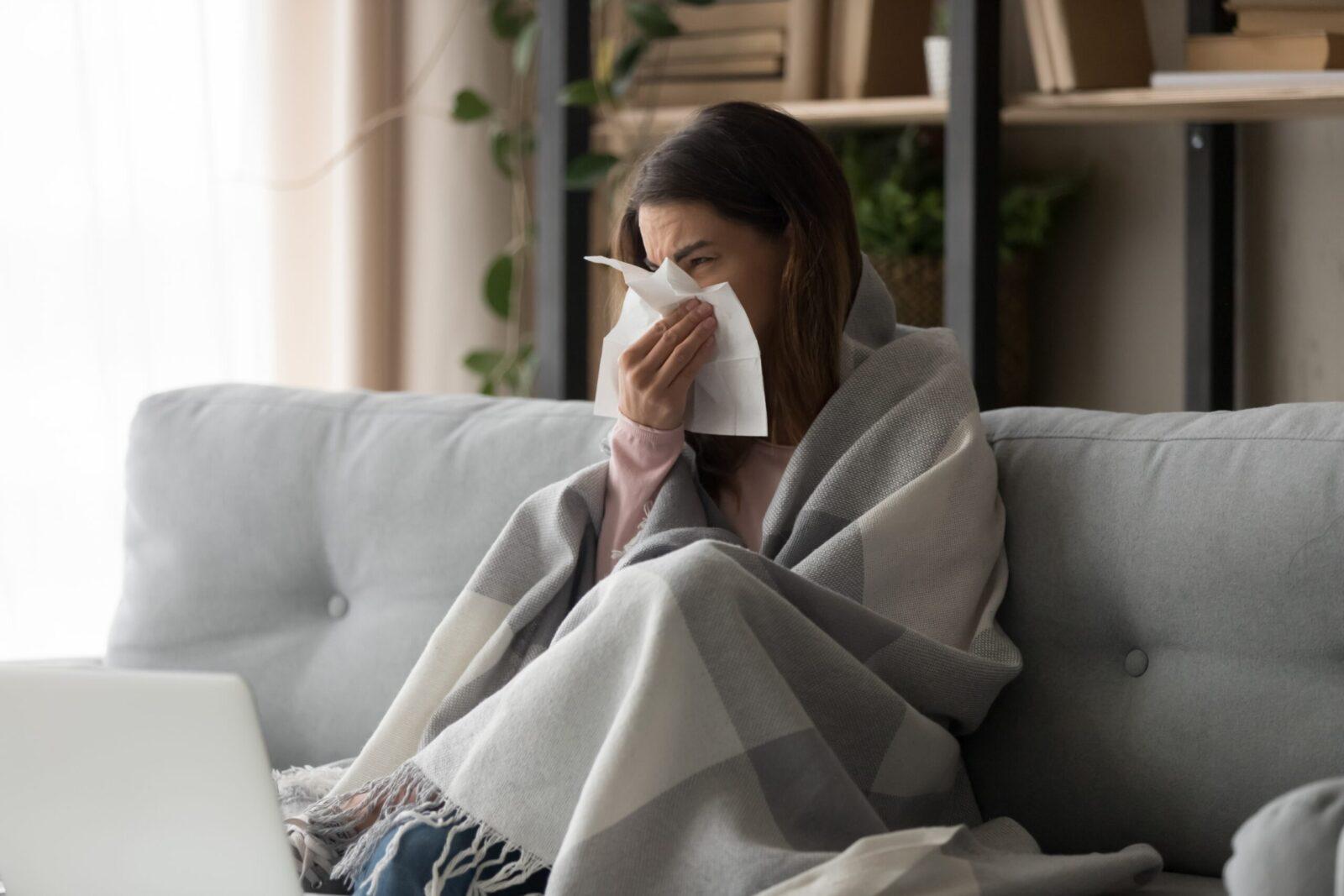Ryzyko zachorowania na grypę wyższe niż w poprzednim sezonie. Medycy spodziewają się wzrostu zainteresowania szczepionkami
